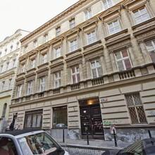 Reznicka Budget Apartment Praha