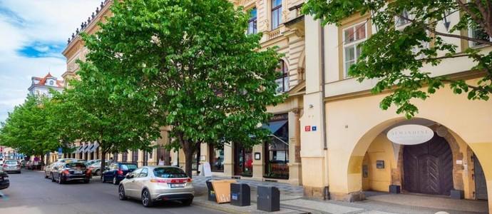 Almandine Boutique Apartments Praha