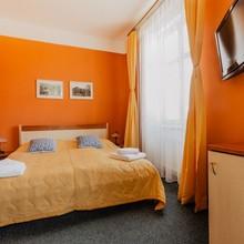 Hotel U Valdické brány Jičín 1127431111