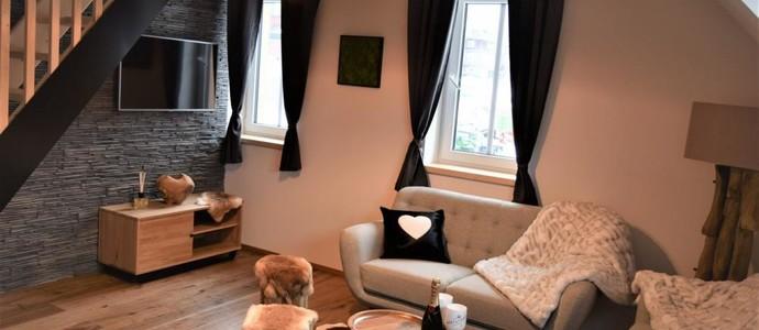 WOOD HOME - Luxury Mountain Apartment Malá Úpa
