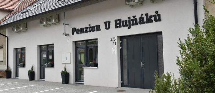 Penzion U Hujňáků Rohatec