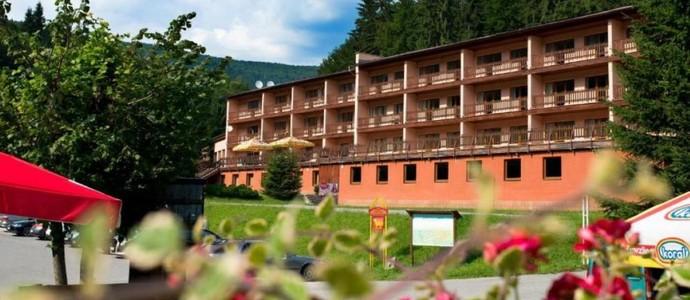 Hotel Podjavorník + Papradno