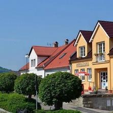 Ubytování U Rozhovoru - Rovensko pod Troskami