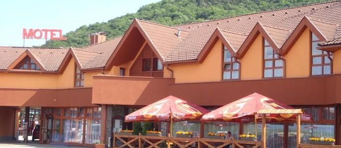 garni Hotel ASAS Most