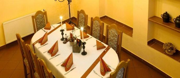 Hotel Pod Zámkem Velké Meziříčí 1117790754