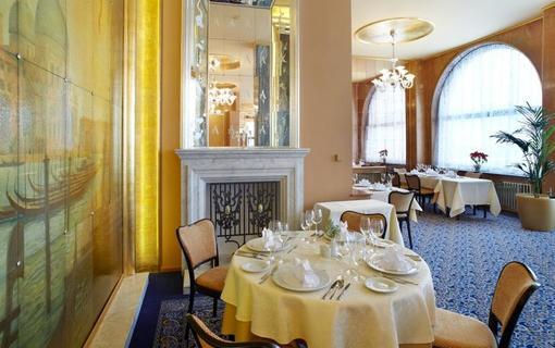 ALEXANDRIA Spa & Wellness hotel 1155897097