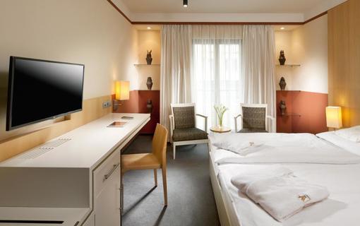 ALEXANDRIA Spa & Wellness hotel 1155897087