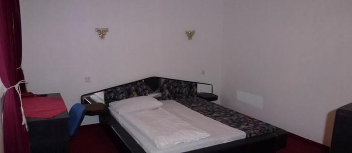 Hotel Brandýský dvůr Brandýs nad Labem-Stará Boleslav 1117381200
