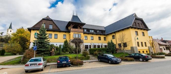 Valašský hotel a Pivní lázně OGAR Luhačovice