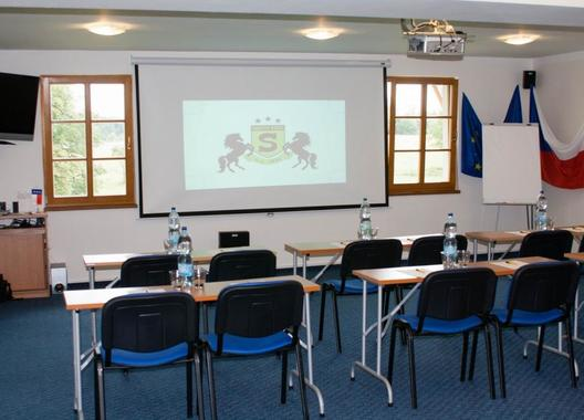 hotelovy-resort-stein_conference-room-3