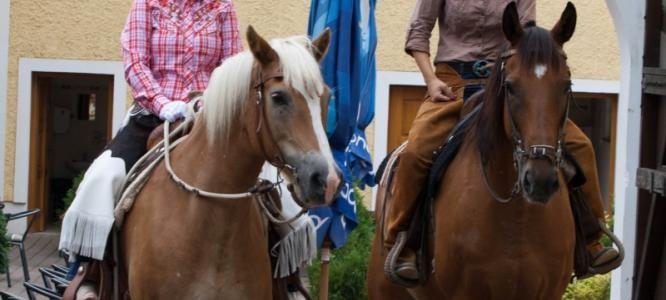 Hotelový RESORT STEIN-Cheb-pobyt-Víkend s koňmi pro pokročilé