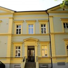 hlavní vstup - Praha