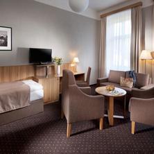 Spa & Kur Hotel Praha Františkovy Lázně 33340194
