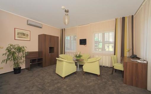 Hotel Zámeček 1154300317