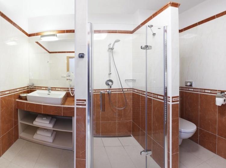 Pokoj Executive **** - koupelna