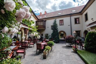 Kroměříž-Hotel Octárna