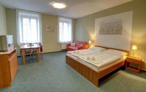 Relax Hotel Štork 1154096597