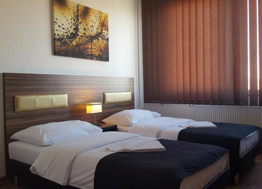 Hotel-Montenegro-3