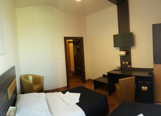 Hotel-Montenegro-5