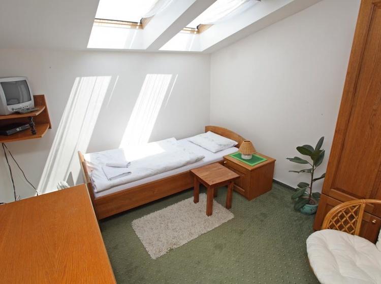Jednoluzkový zelený pokoj