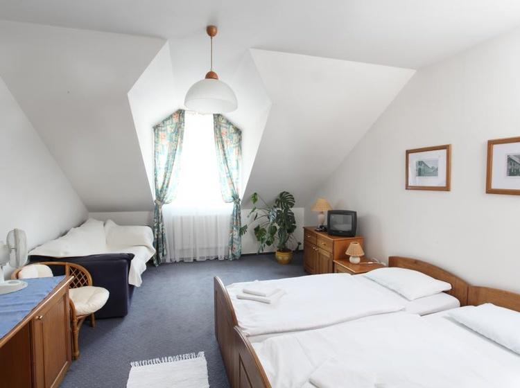 Modrý pokoj s přistýlkou