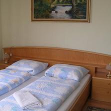 Skrblíkova restaurace a penzion Holice 40054300