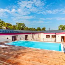 venkovní bazén pro ubytované - Dolní Věstonice