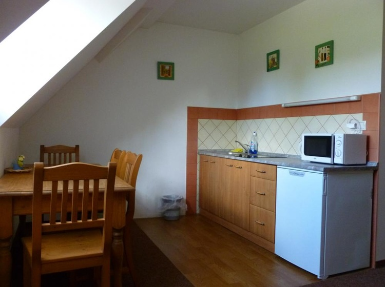 Pokoj č. 21, kuchyň