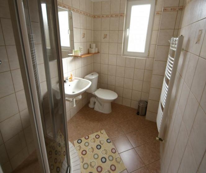 Domek - koupelna
