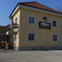 Penzion a restaurace Oáza Štětí